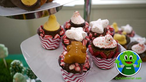 Peeps_on_cupcakes