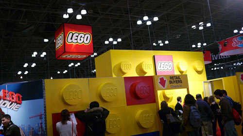 LEGO_booth_500